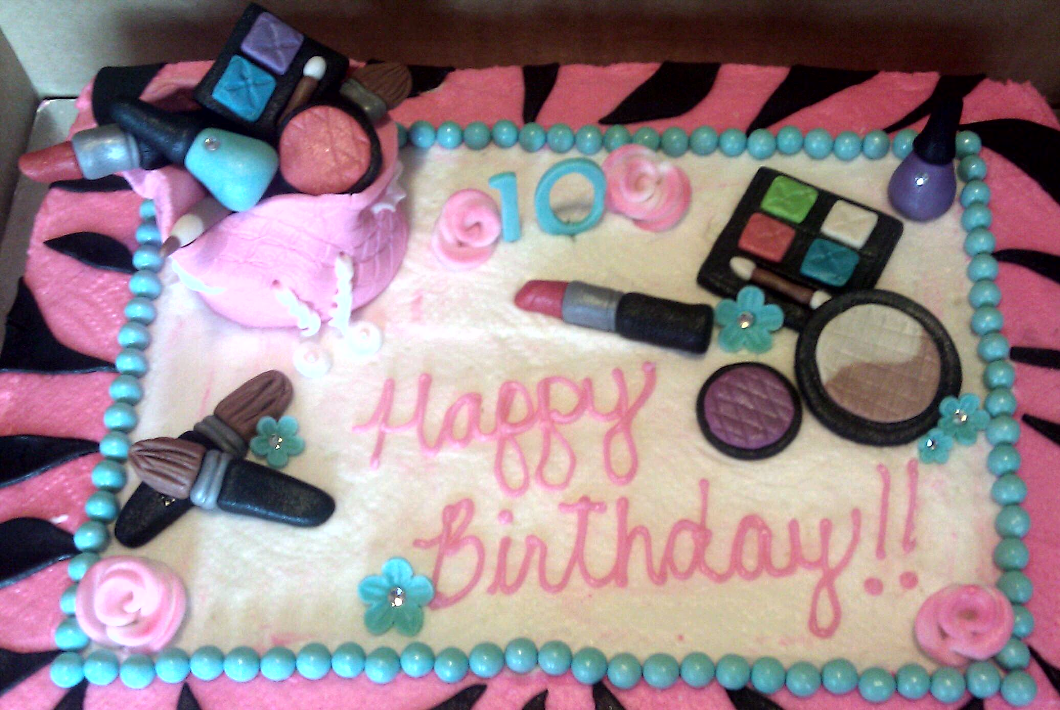 Fondant Makeup Bag Cake Topper
